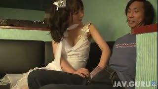 「すっごい出ましたねw」ドレス美女のバキュームフェラで1週間溜めこんだザーメンをフル顔射