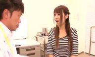 診察に来た巨乳娘・北川瞳を言いくるめて生チン挿入する天才医師